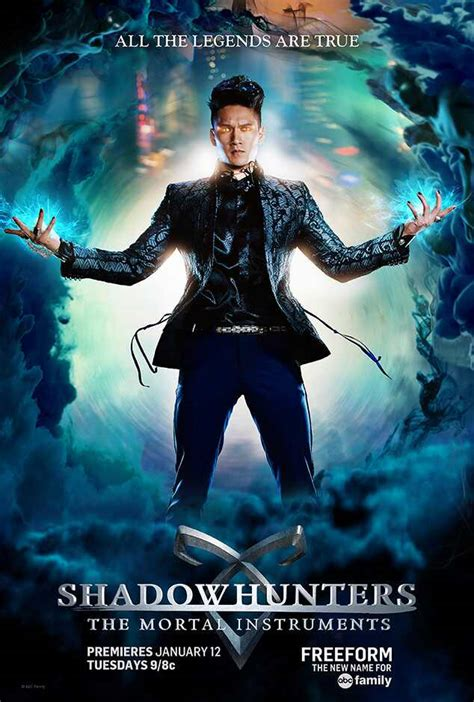 Magnus Bane from Shadowhunters 101: Get to Know the