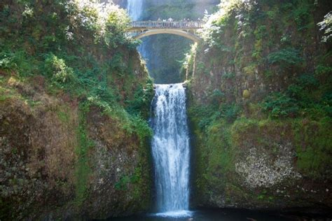 Multnomah Falls in Oregon, USA | Franks Travelbox