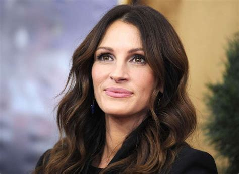 Julia Roberts Reveals Why She Chose To Not Shave Her
