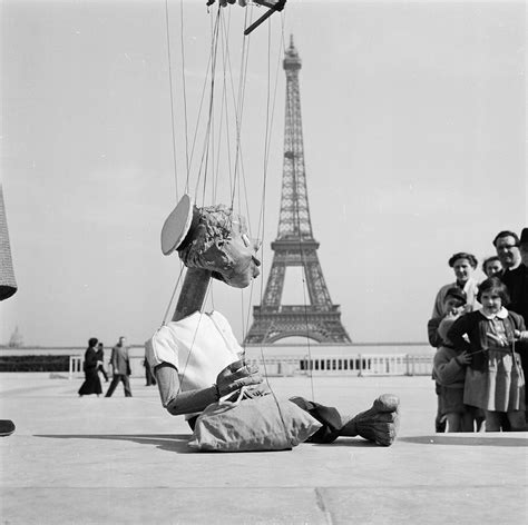 Eiffel Tower 129th Anniversary: 37 photographs of one of